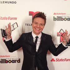 Michel Teló ganha prêmio da Billboard por Ai Se Eu Te Pego