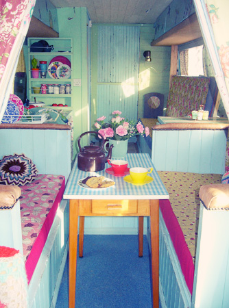 Boutique 39 Glamping 39 In A Vintage Inspired Caravan Home