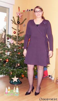 http://chaozmieze.blogspot.de/2014/12/weihnachtskleid-sew-along-2014-teil-6.html