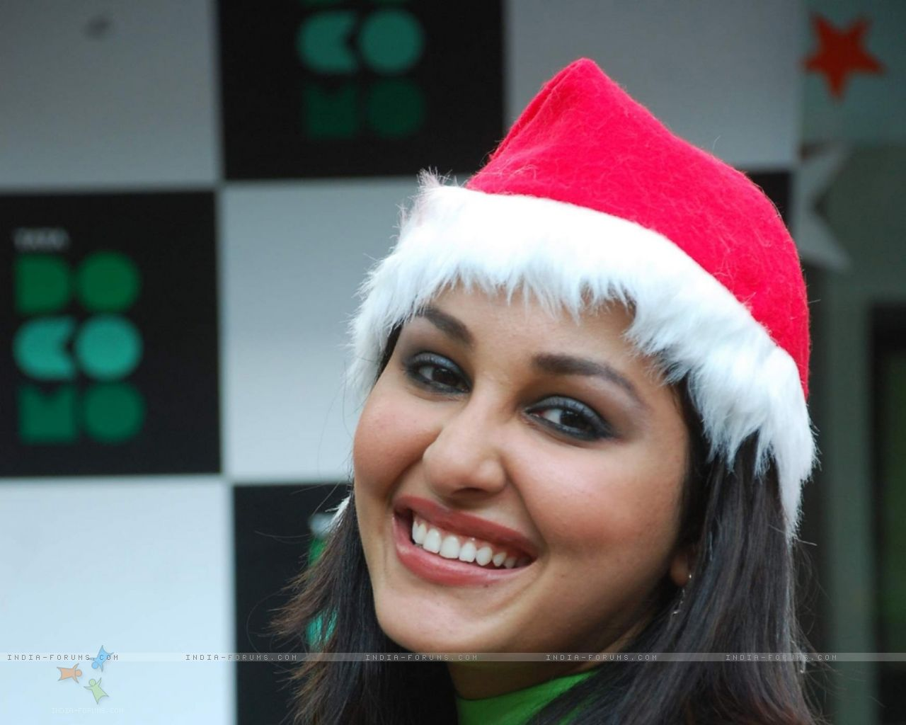 Pooja Chopra Wallpaper Pooja Chopra hd Wallpapers