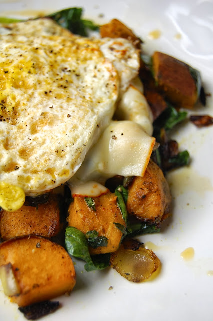 Sweet Potato and Kale Breakfast Hash | www.kettlercuisine.com