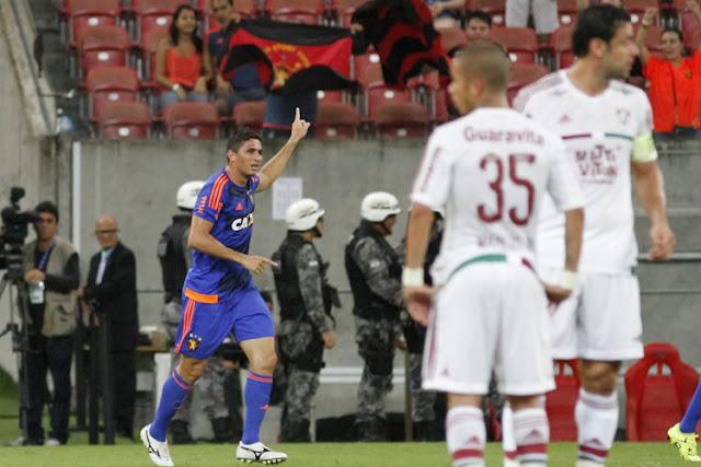 Danilo celebra gol do Sport que encerrou sequência ruim da equipe na disputa da Série A de 2015