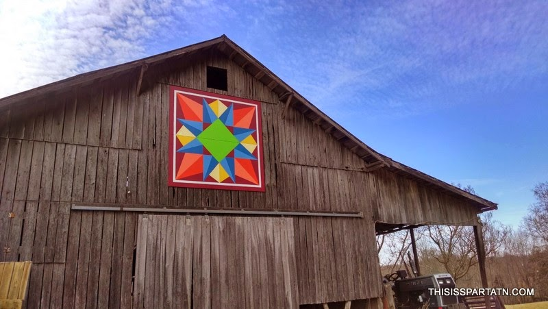 QUILTS ON BARNS - THIS IS SPARTA TN - JODY SLIGER