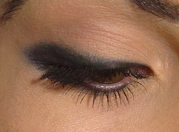 illamasqua eyeliner cake on eyes