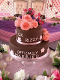 Two tiers wedding cake