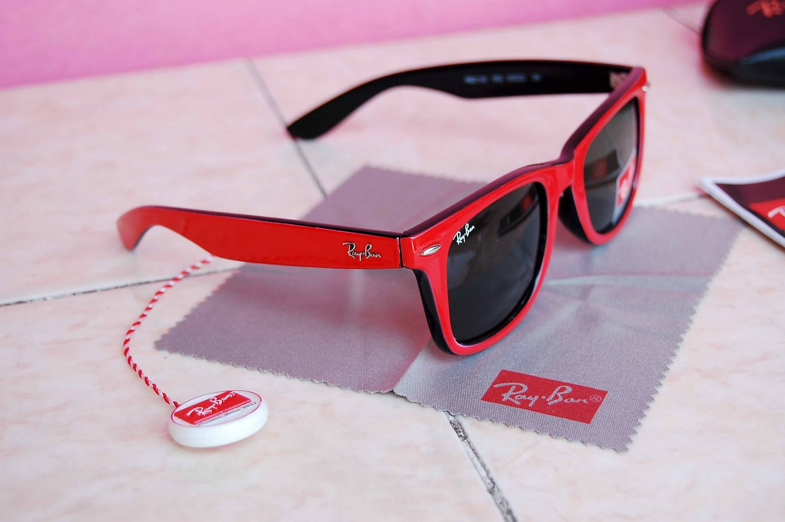 ray ban and oakley sunglasses cheap tuc9  Ray Ban Red