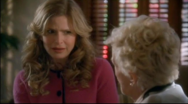 The Closer Kyra Sedgwick Chief Brenda Leigh Johnson photos pictures images screencaps gag reel