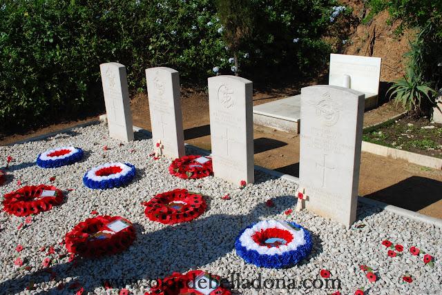 Tumbas soldados Segunda Guerra Mundial Cementerio inglés de Málaga