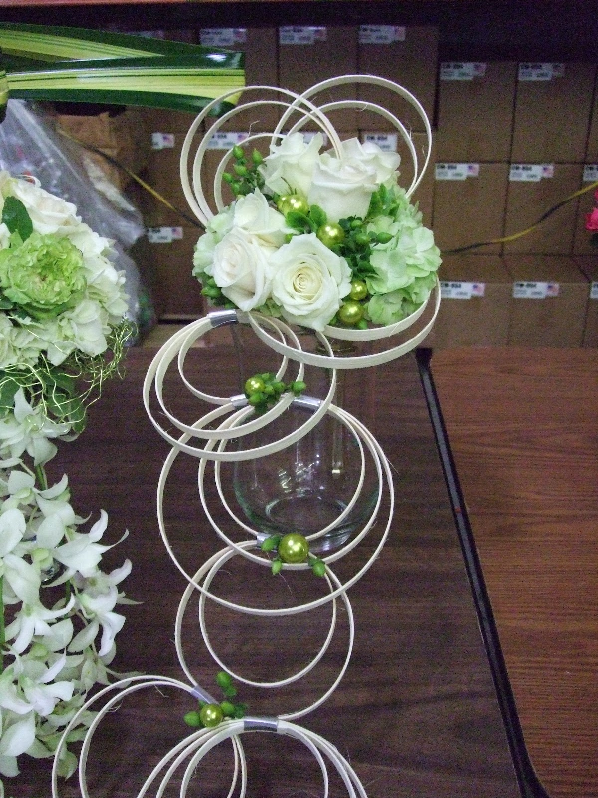 Floral Ambiance by Deborah Di Bella AIFD: Oasis design show w/Loann ...
