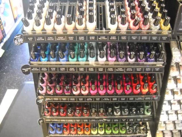 Addicted to OPI-yum: Simple St. Pat\'s Mani + Nail Polish Shopping