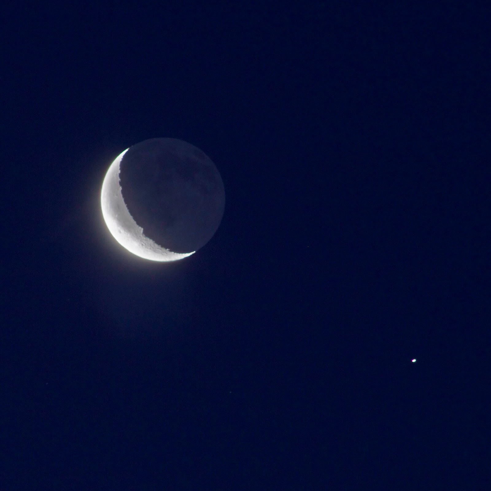 Crescent Moon and Saturn Conjunction