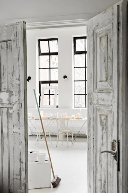 Glassveranda: Litt om bruk av hvitfarger, kontraster,
