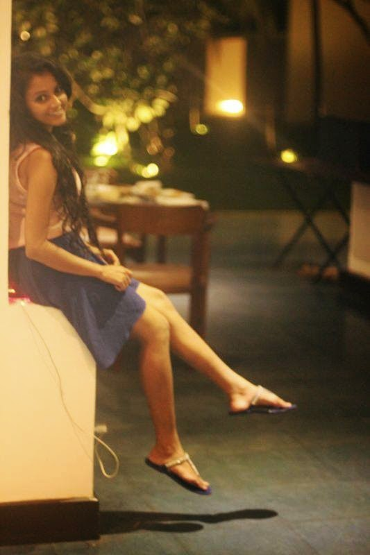 Dinakshie Priyasad slim legs