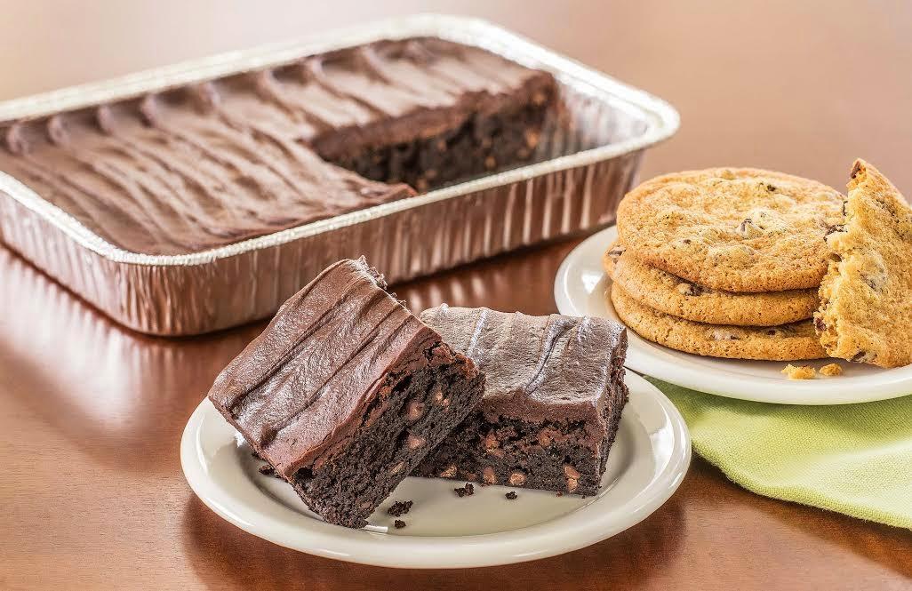 Wegmans Ultimate Chocolate Cake Slice