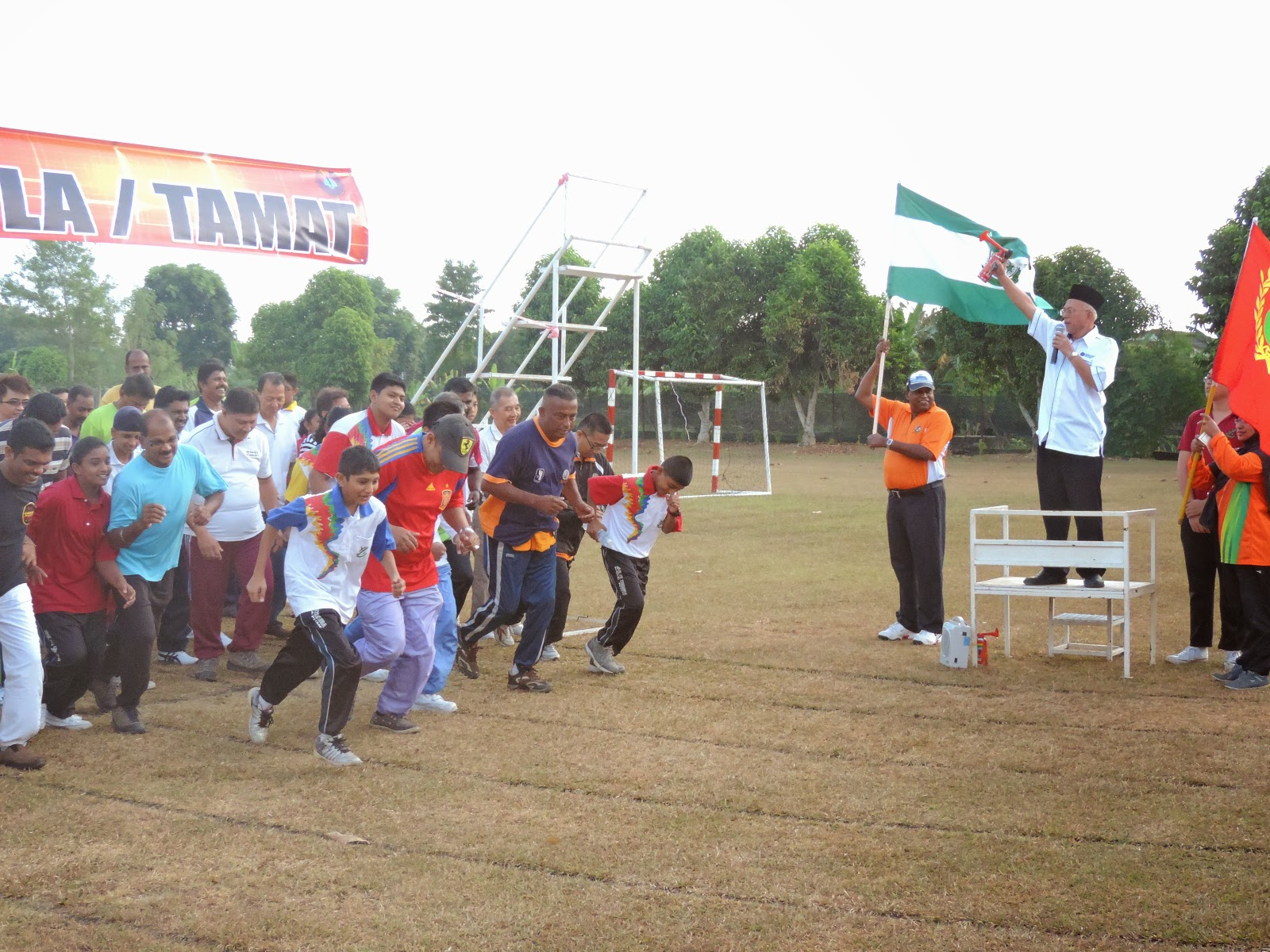 RUN FOR YOUR KIDS SMK ST THERESA 2015