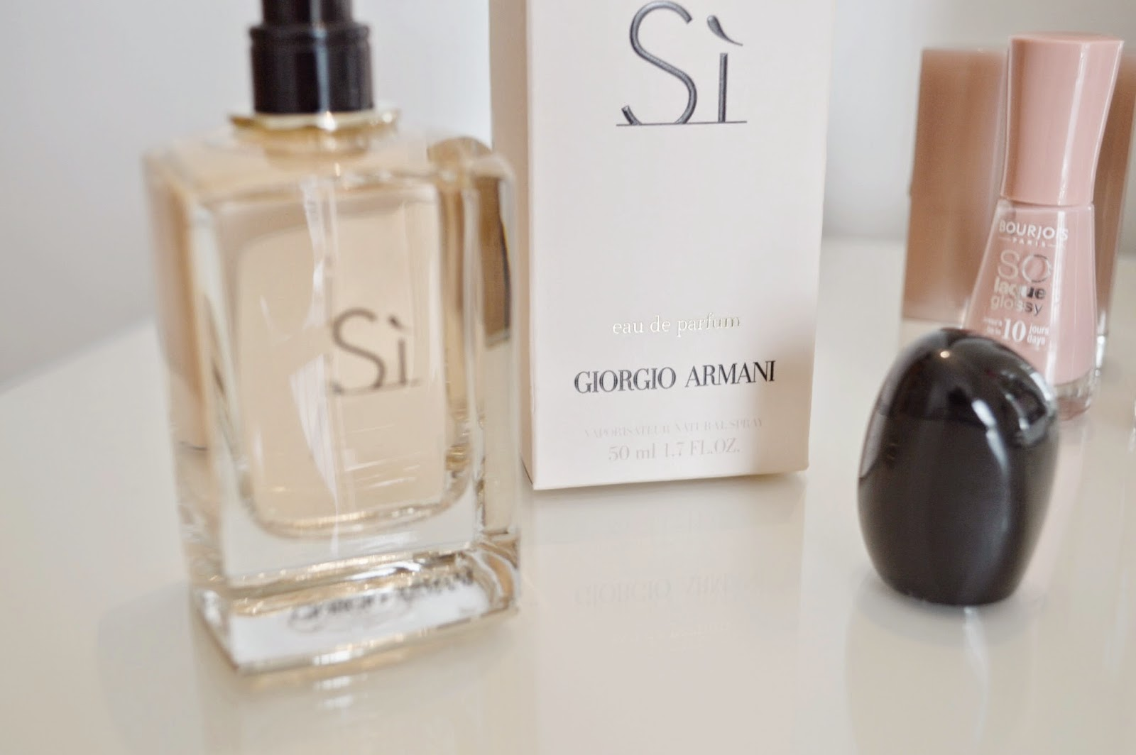 giorgio armani si eau de parfum perfume ashleigh beauty. Black Bedroom Furniture Sets. Home Design Ideas