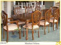 Kursi dan Meja Makan Kayu Jati Ukiran Matahari Soluna