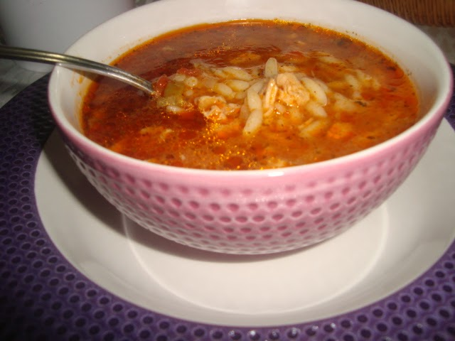 Arpa Şehriyeli Tavuk Çorbası