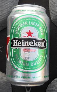 lata de cerveza heineken