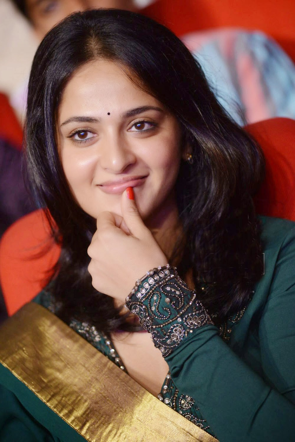 South actress Anushka Shetty Cute images
