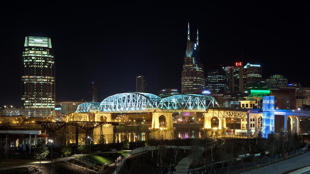 Nashville Electric Lighting And Controls Color Kinetics At The Nashville Bri