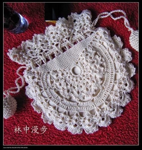 Bolsita de comunión para niña al crochet