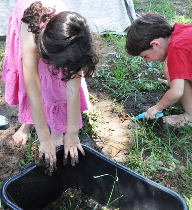 קייטנת אמא - פעילויות לילדים לקיץ. יום טבע