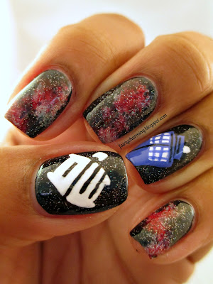 Doctor Who, Tardis, TARDIS, glaxy, red nebula, nails, nail art, nail design, mani
