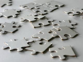 Puzzle inacabado que representa la necesidad de formación en educación sexual