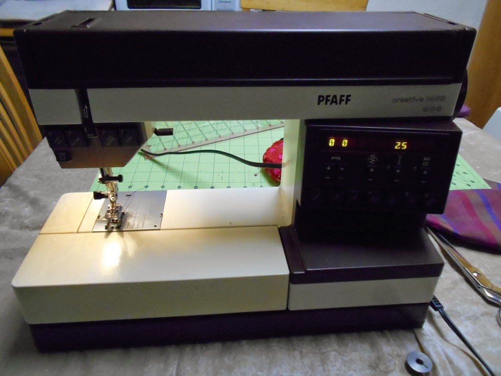 Thin Man Sewing Vogue 40 Jacket Venture Has Begun Amazing Pfaff 1469 Sewing Machine