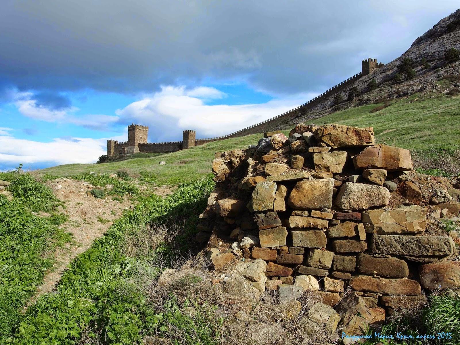 Генуэзская крепость 2015 фото