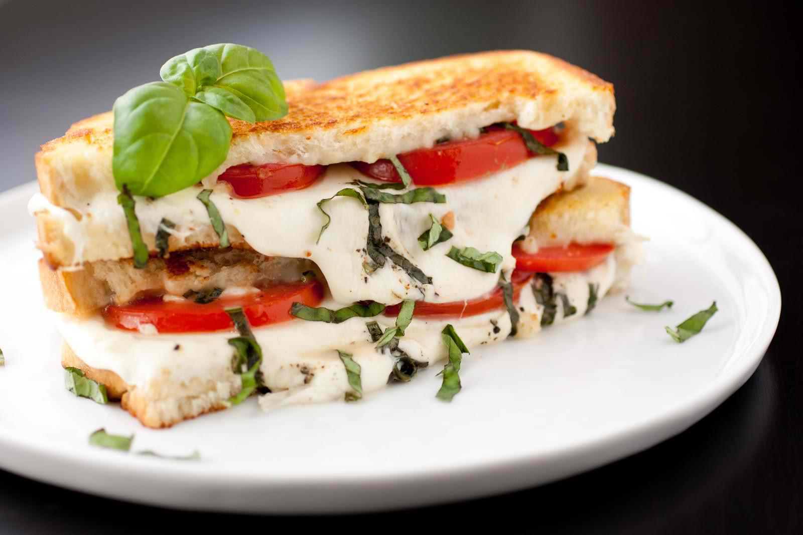 Caprese Grilled Cheese Sandwich Recipe