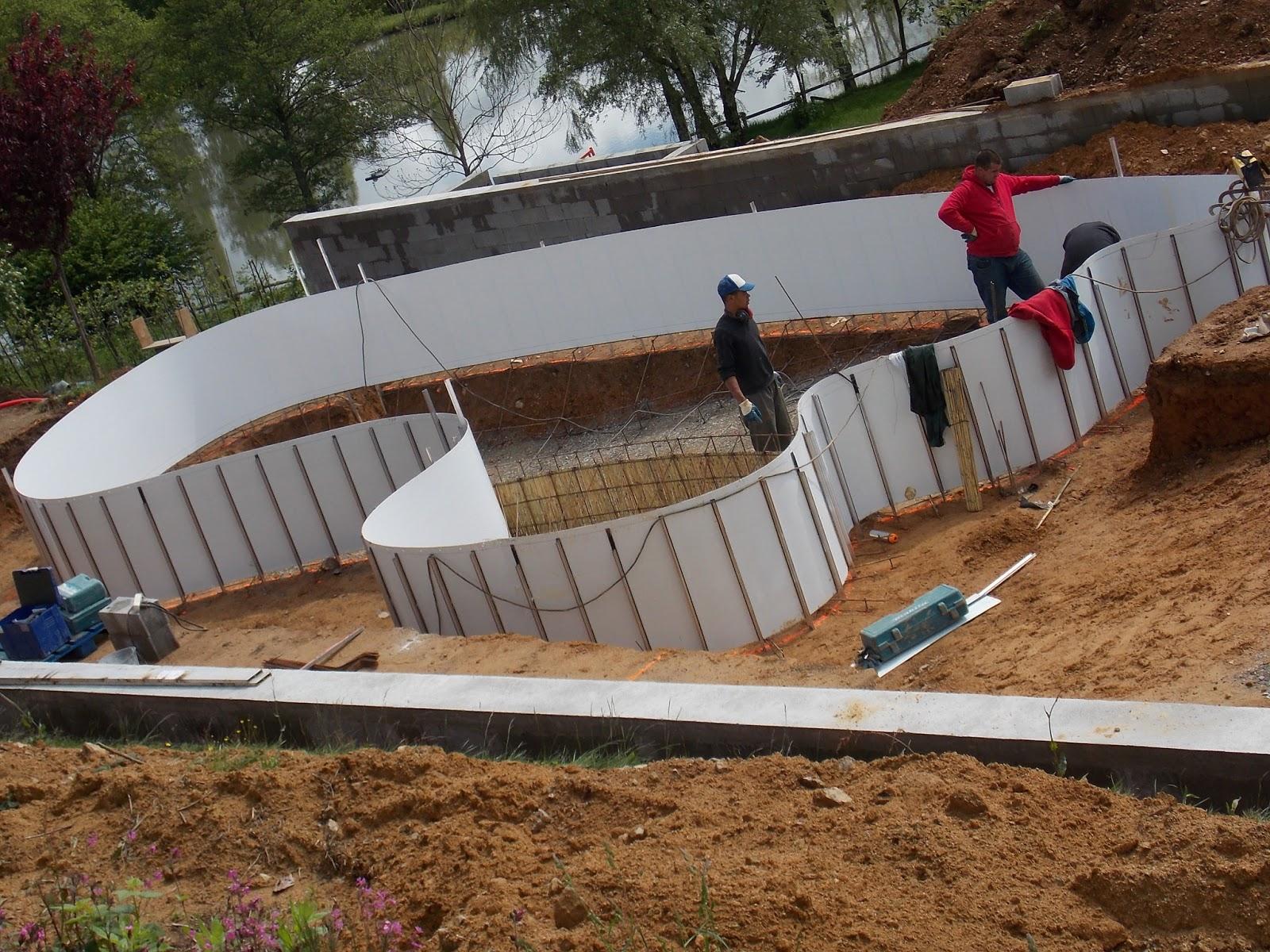 Camping sites et paysages carpodrome tang fougeraie en for Construction piscine 64