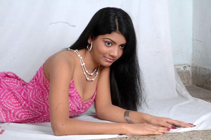 Desi Mallu Masala Girls