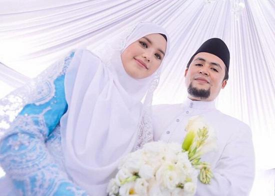 Foto Cun dan Gambar Cantik Majlis Resepsi Fatin Liyana - Anwar Fazal