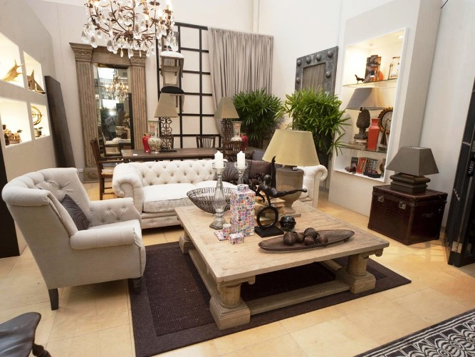 French Victorian Furniture Modern Design For Living Room With Dining Room  Antique Lighting, Mirror And