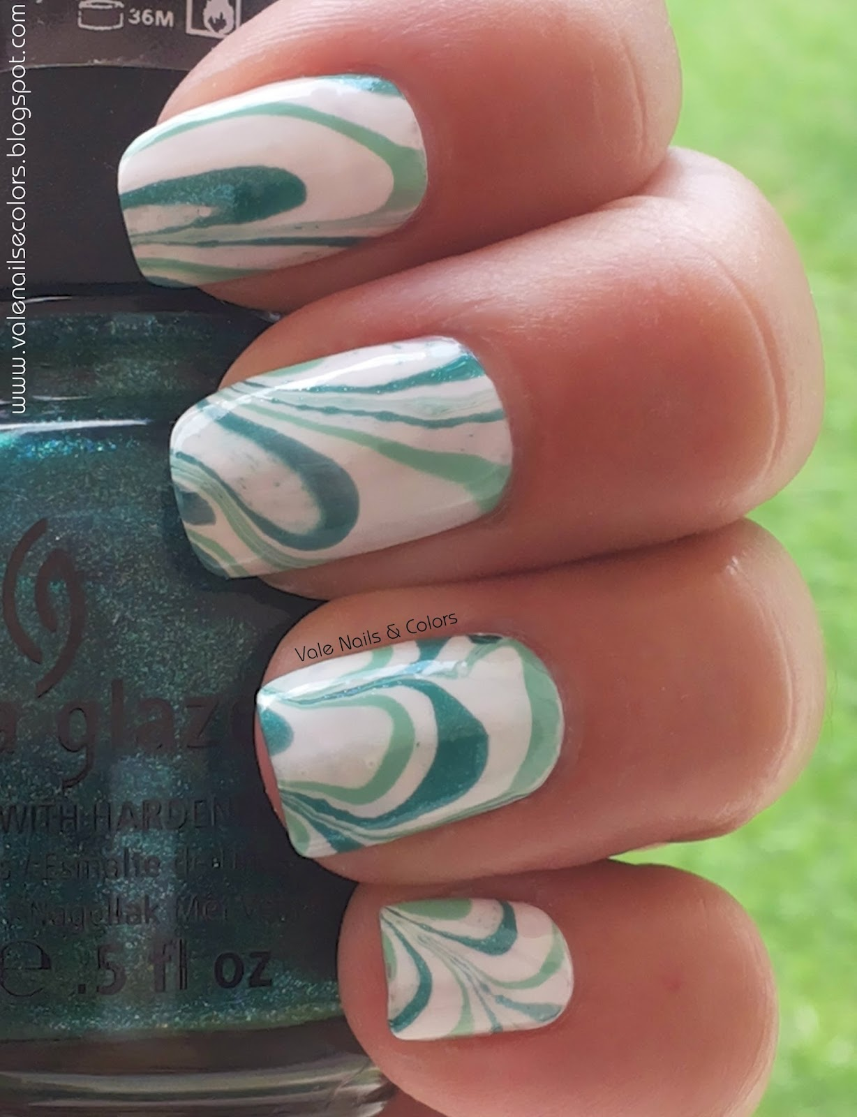 water marble green