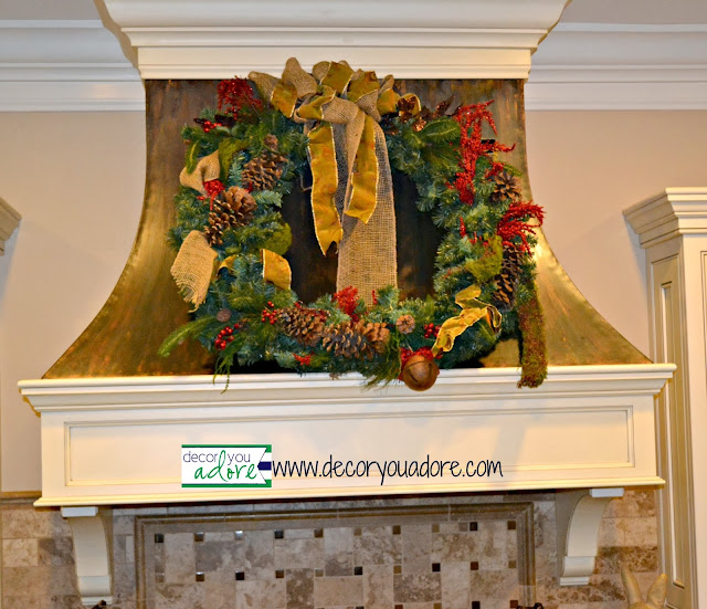 kitchen christmas decor, wreath, copper-range-hood