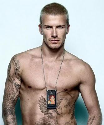 hombres tatuajes