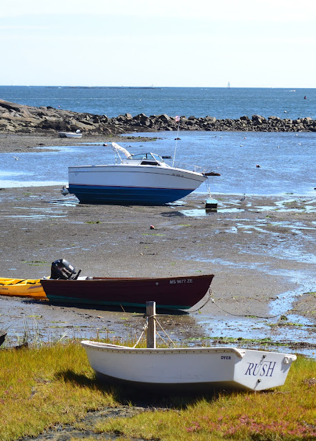 Boats aground at Juniper Cove Salem Massachusetts