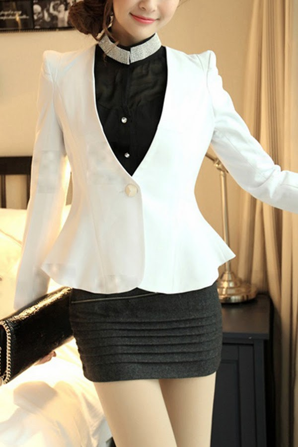 How to wear a Peplum Blazer, Formal Chic look, How to wear blazer for different body types,