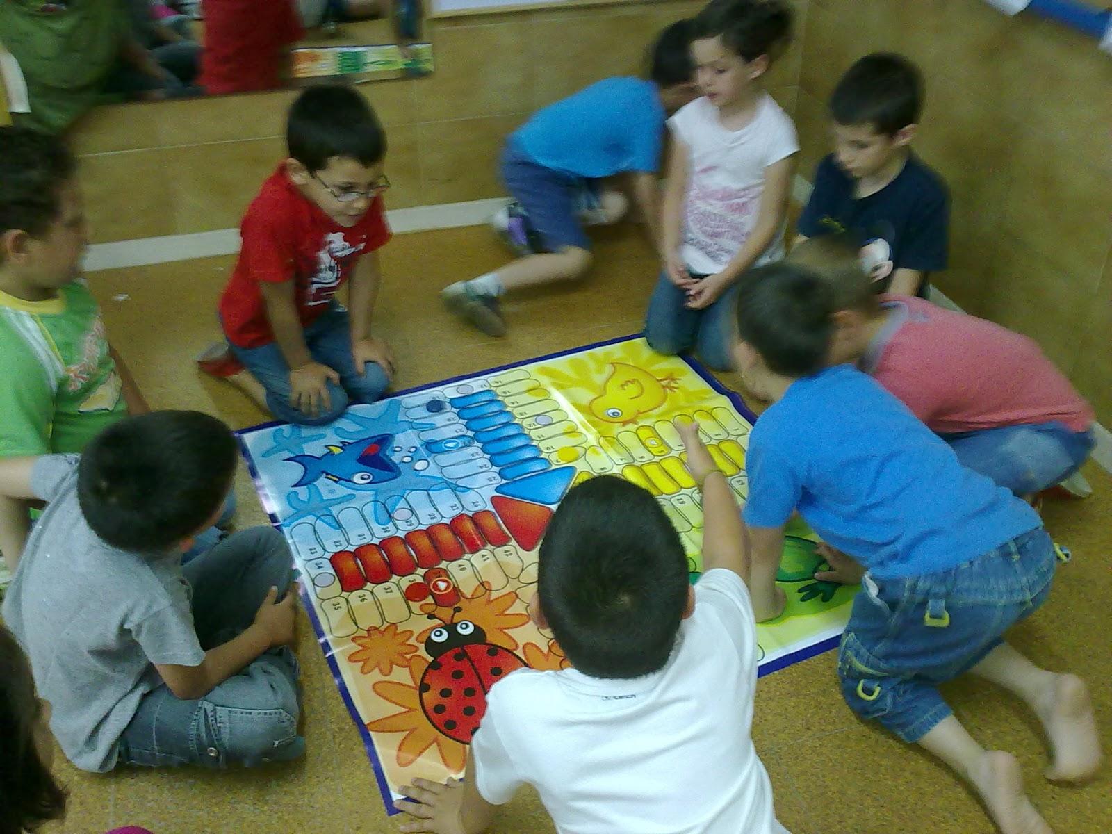 DIMINUTA: JUEGOS DE NÚMEROS CON DADOS PARA EDUCACIÓN INFANTIL (1