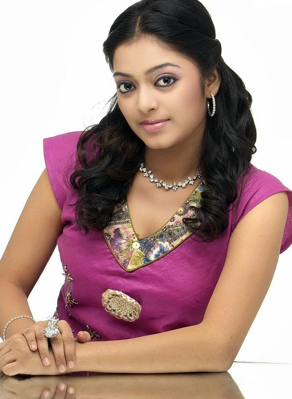 Actress Janani Iyer Hot Photo Gallery glamour images