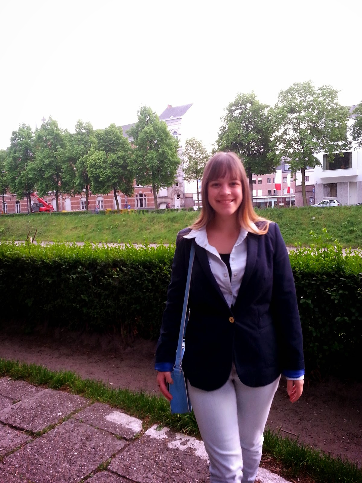 Clothes & Dreams: OOTD: That blazer, again: outfit of the day with H&M single buttoned blazer