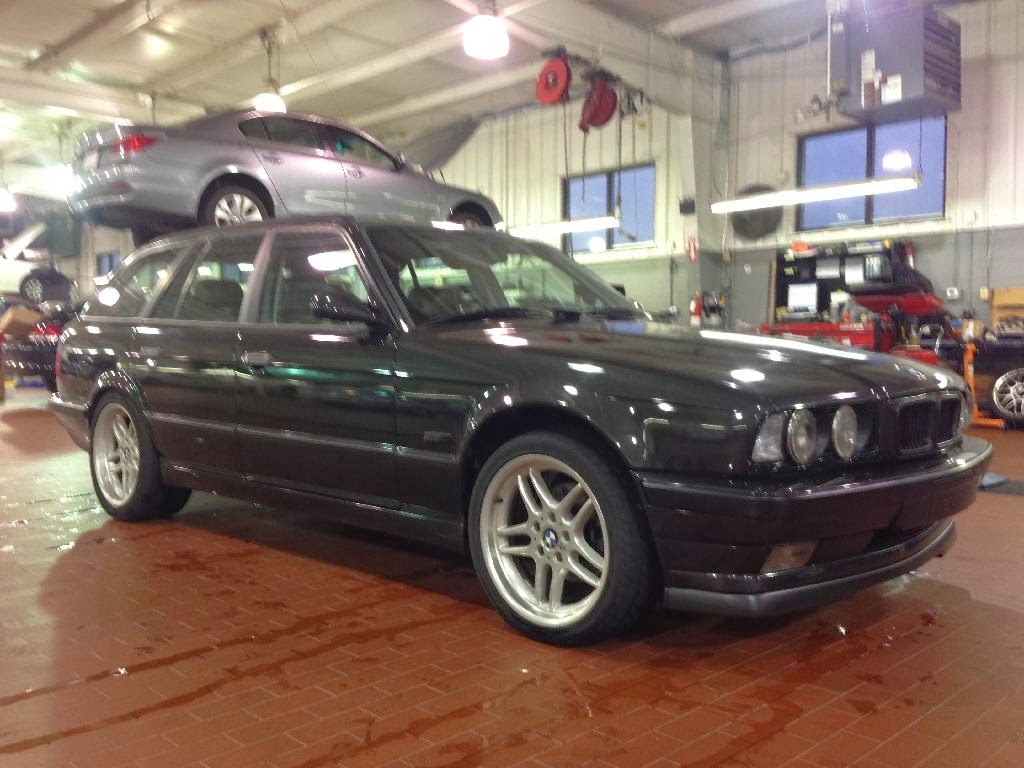 Just a car geek 1995 bmw 540i touring a well done conversion 1995 bmw 540i touring a well done conversion sciox Image collections