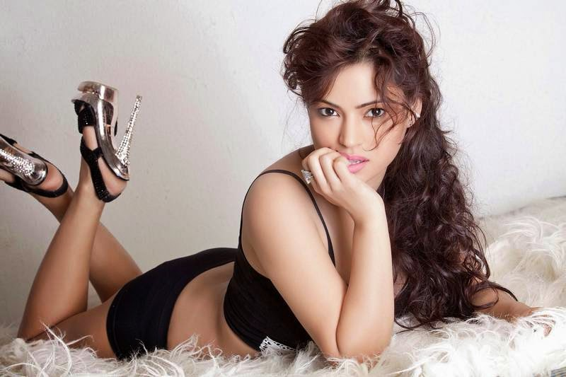 Devshi Khanduri Spicy Photoshoot
