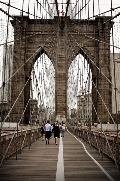 Brooklyn Bridge   East River   photo - Marika Järv