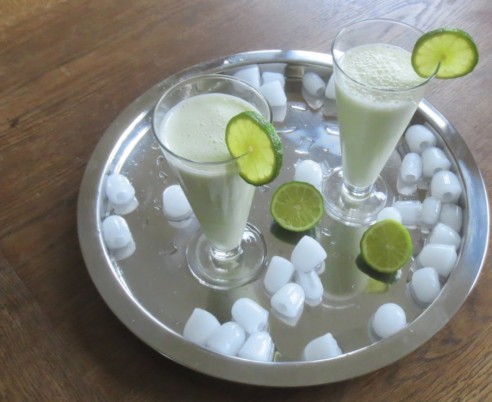 Brasilianische Limonade mit Cachaça