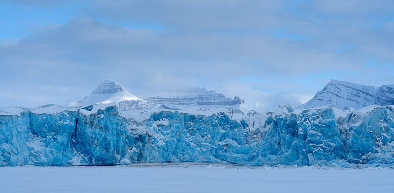 Kongsbreeni liustikuserv, Kongsvegen glacier front