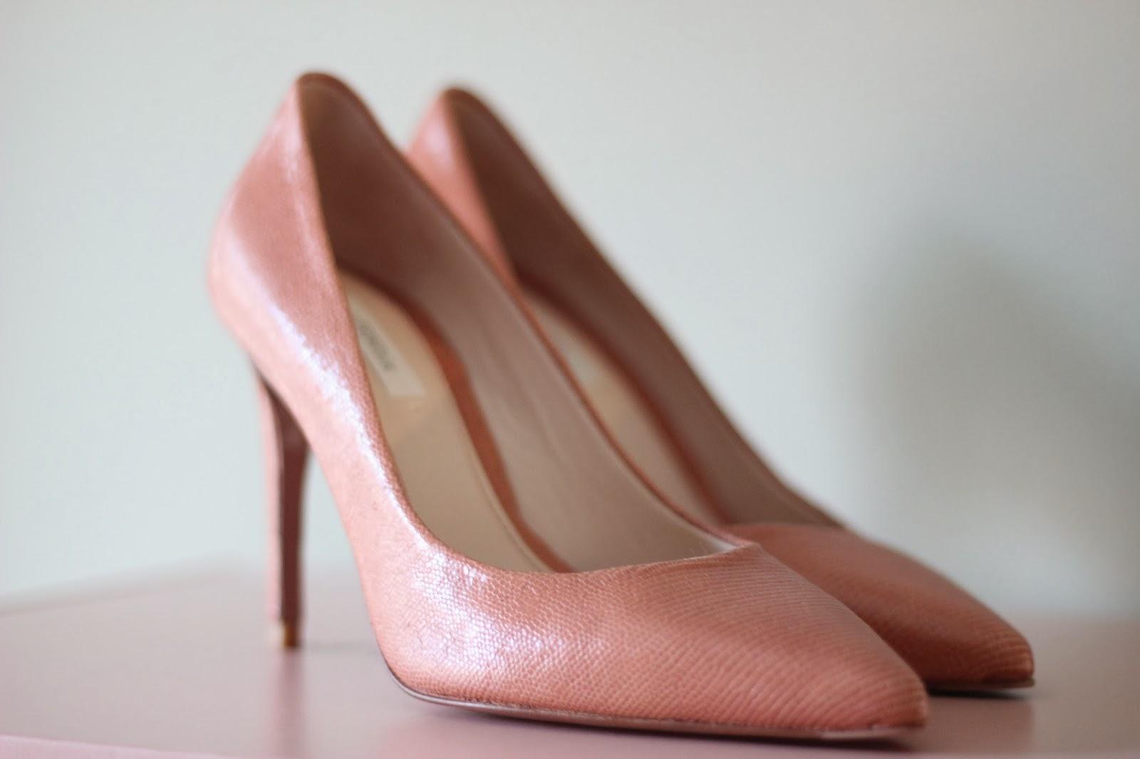 photo zapatos nude uterque